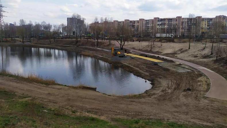Парк в Киеве на Троещине обзаведется  крымскотатарской беседкой