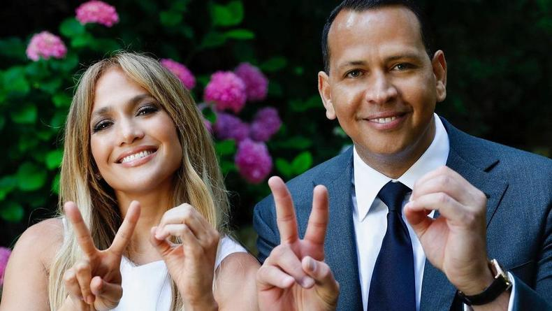 Дженнифер Лопес и Алекс Родригес официально расстались