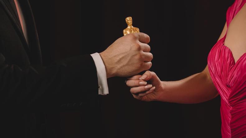 "На ""Оскаре 2021"" участникам церемонии позволят не носить маски"