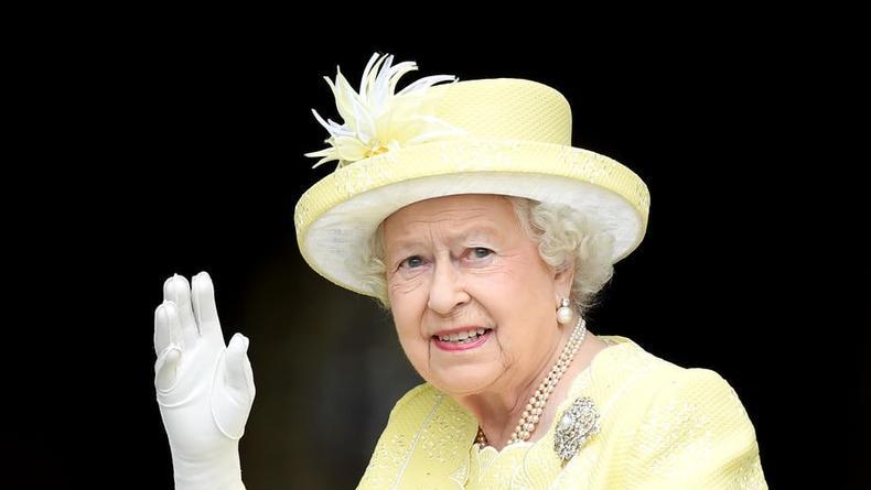 Елизавета II сложит королевские полномочия