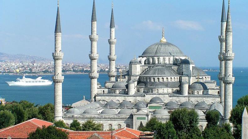 Турция стала самым популярным у украинцев туристическим направлением