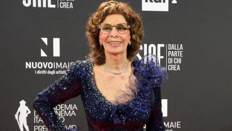 Софи Лорен вручена главная кинопремия Италии