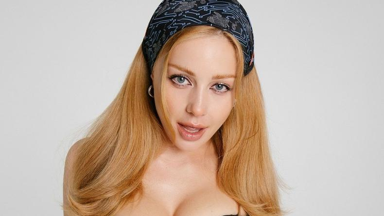 Цена платков от Тины Кароль возмутила пользователей сети