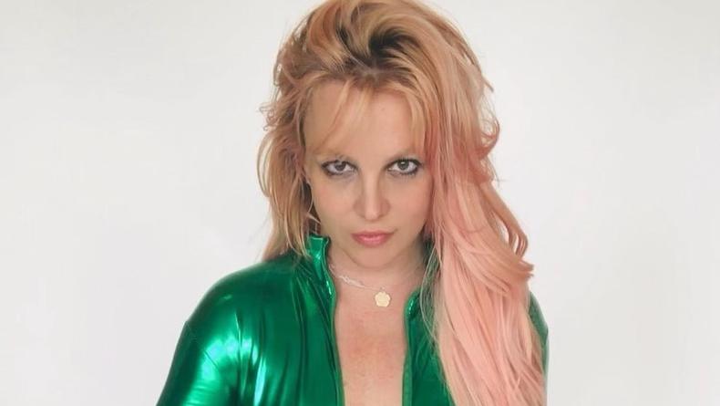 Бритни Спирс извинилась перед фанами за ложь