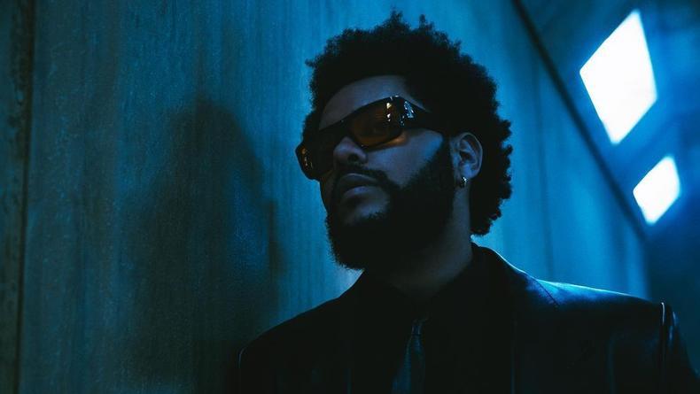 """The Weeknd выпустил клип, в котором вдыхает """"опасность"""""""