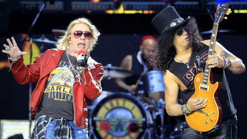 Guns N'Roses представили первую за 13 лет песню