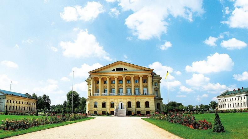 Столица гетманщины: Причины поехать в Батурин на этих выходных