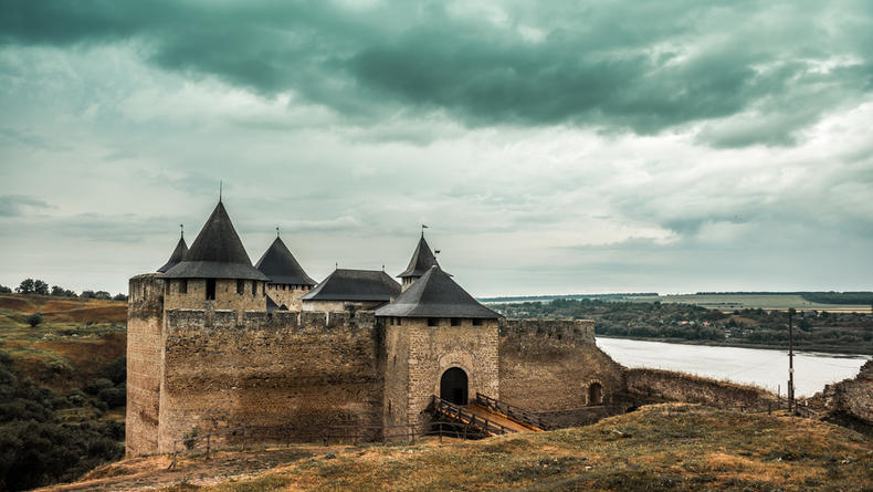 Хотинская крепость: история, что посмотреть и какие цены