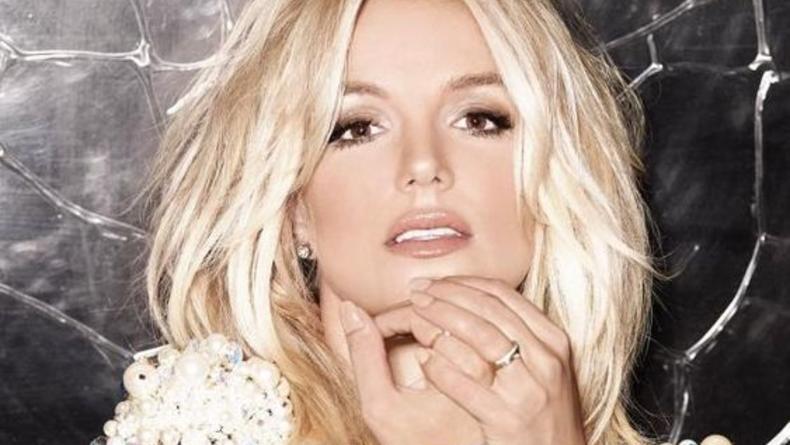 Бритни Спирс упрекнула семью за соучастие в опекунстве
