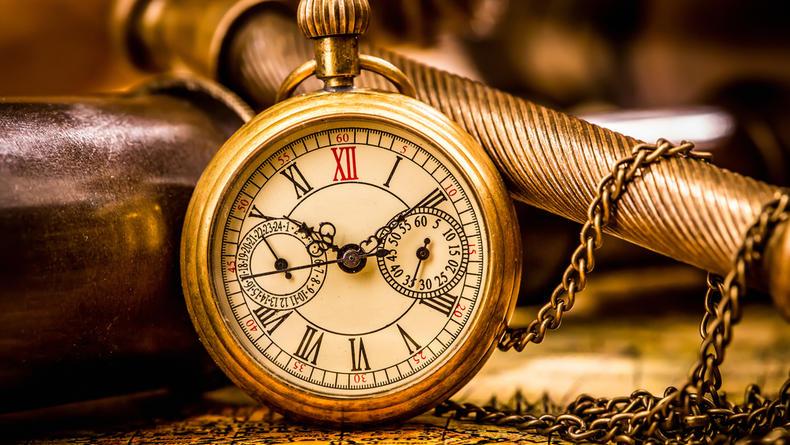 В Киеве пойдут с молотка 200-летние часы почти за полмиллиона гривен